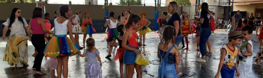 CSA promove o evento 'Escola Aberta e Grito de Carnaval'